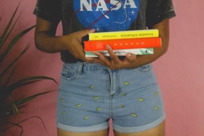 booksbread_herindigo-5-of-6